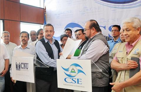 20121026144742-600x400-1351199872-cnu-y-cse-acuerdan-observacion-electoral-nicaragua.jpg