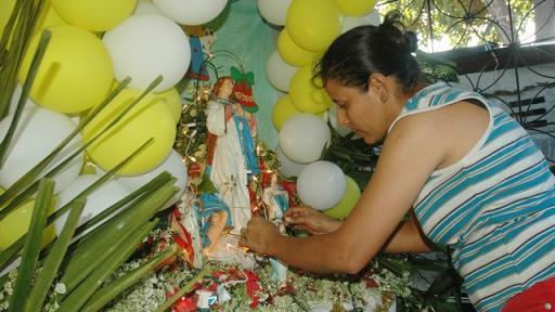 20121107145247-639x360-1260227068-altares-altagracia.jpg